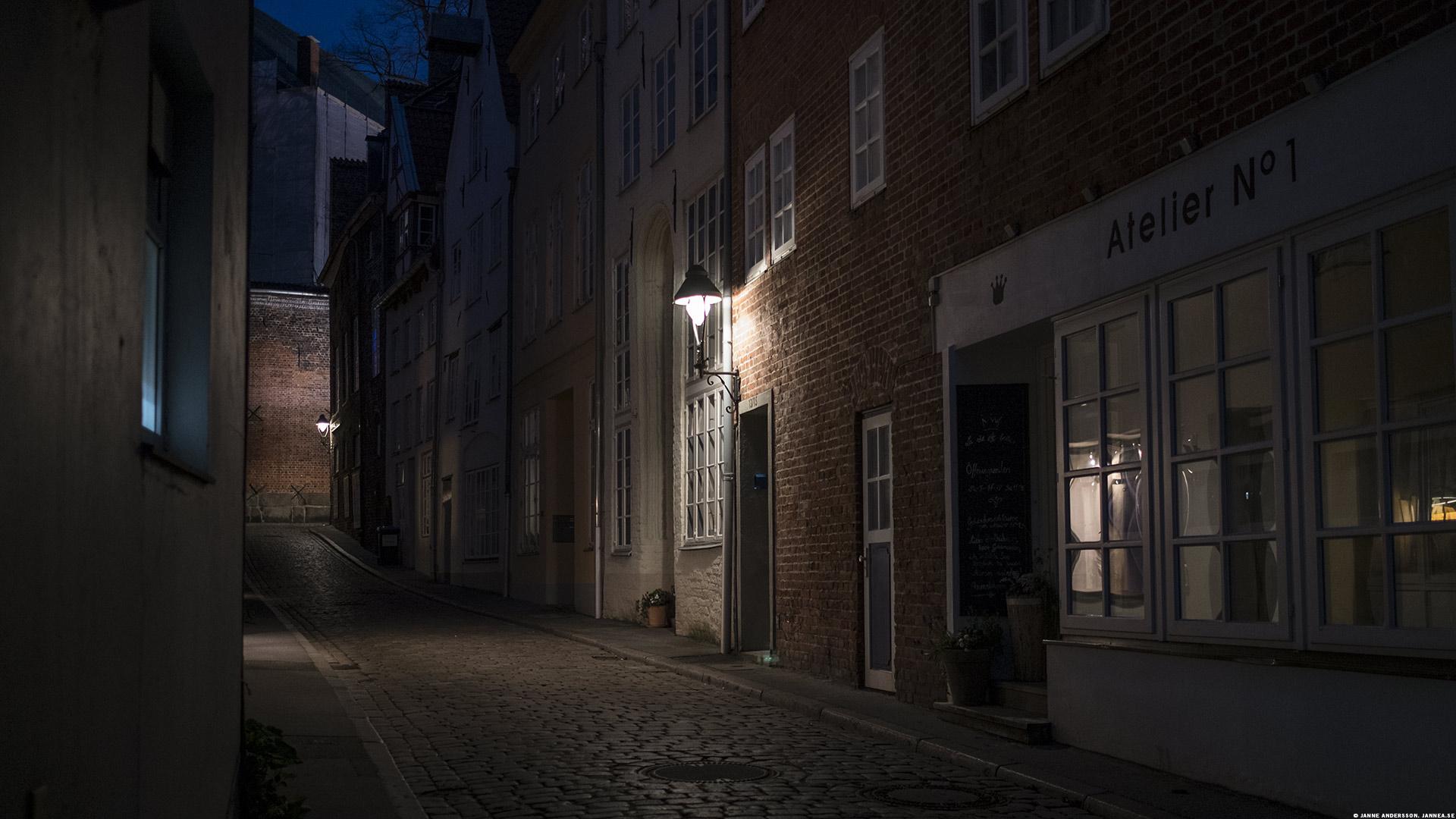 På kvällen, en gata i Lübeck|©Janne A