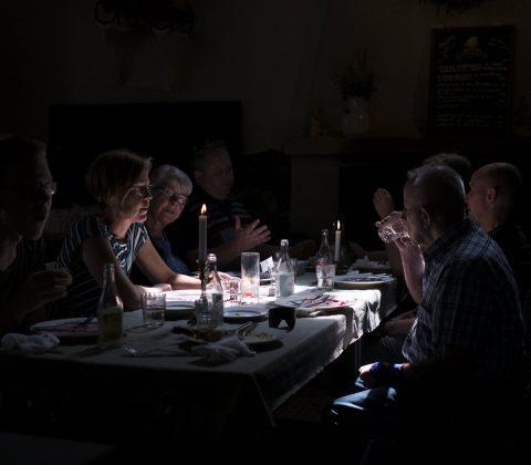 Familjen äter lunch |©Janne A
