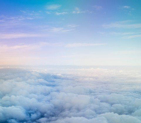 Blå himmel över molnen  ©Janne A