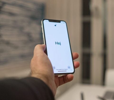 Åh, en ny fin iPhone X till mig! | © Janne A