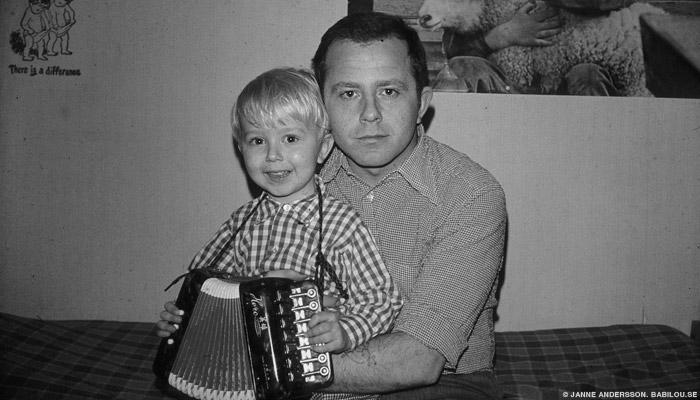 Pappan, hans dag och en tvättstuga  ©Jan Andersson