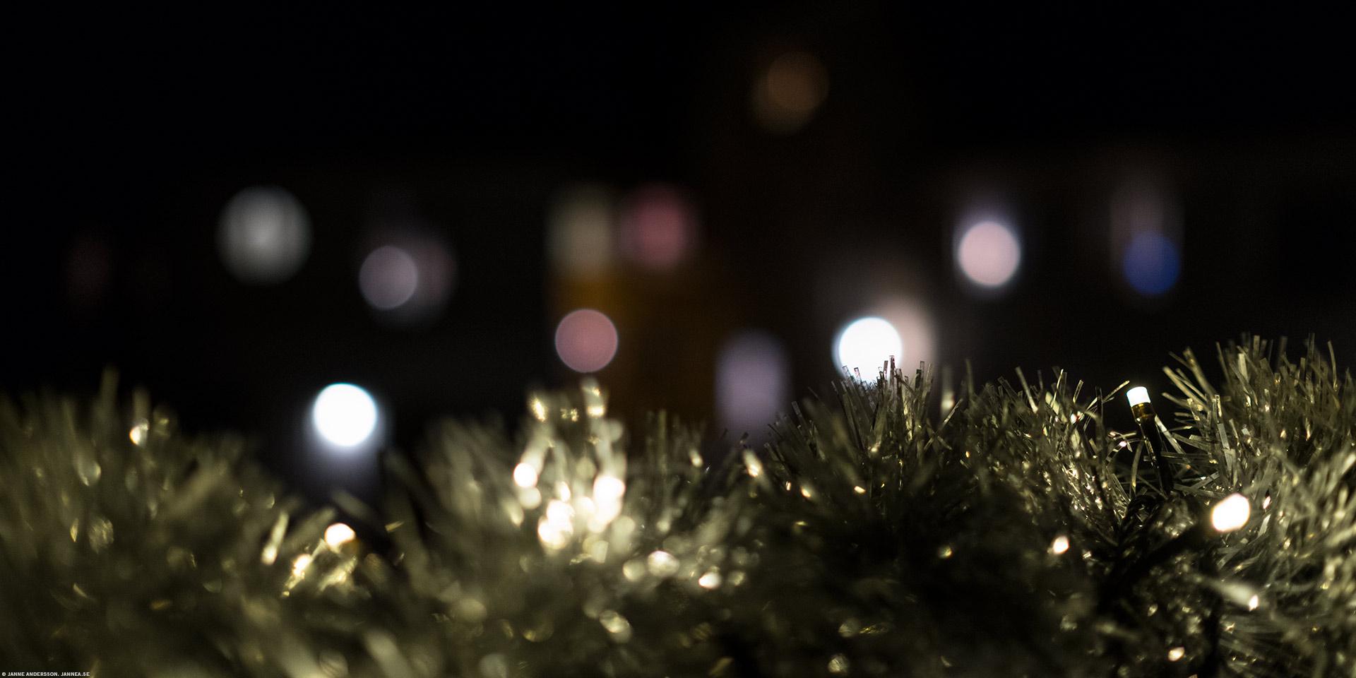 Mitt i veckan och glittrande ljus |© Janne A