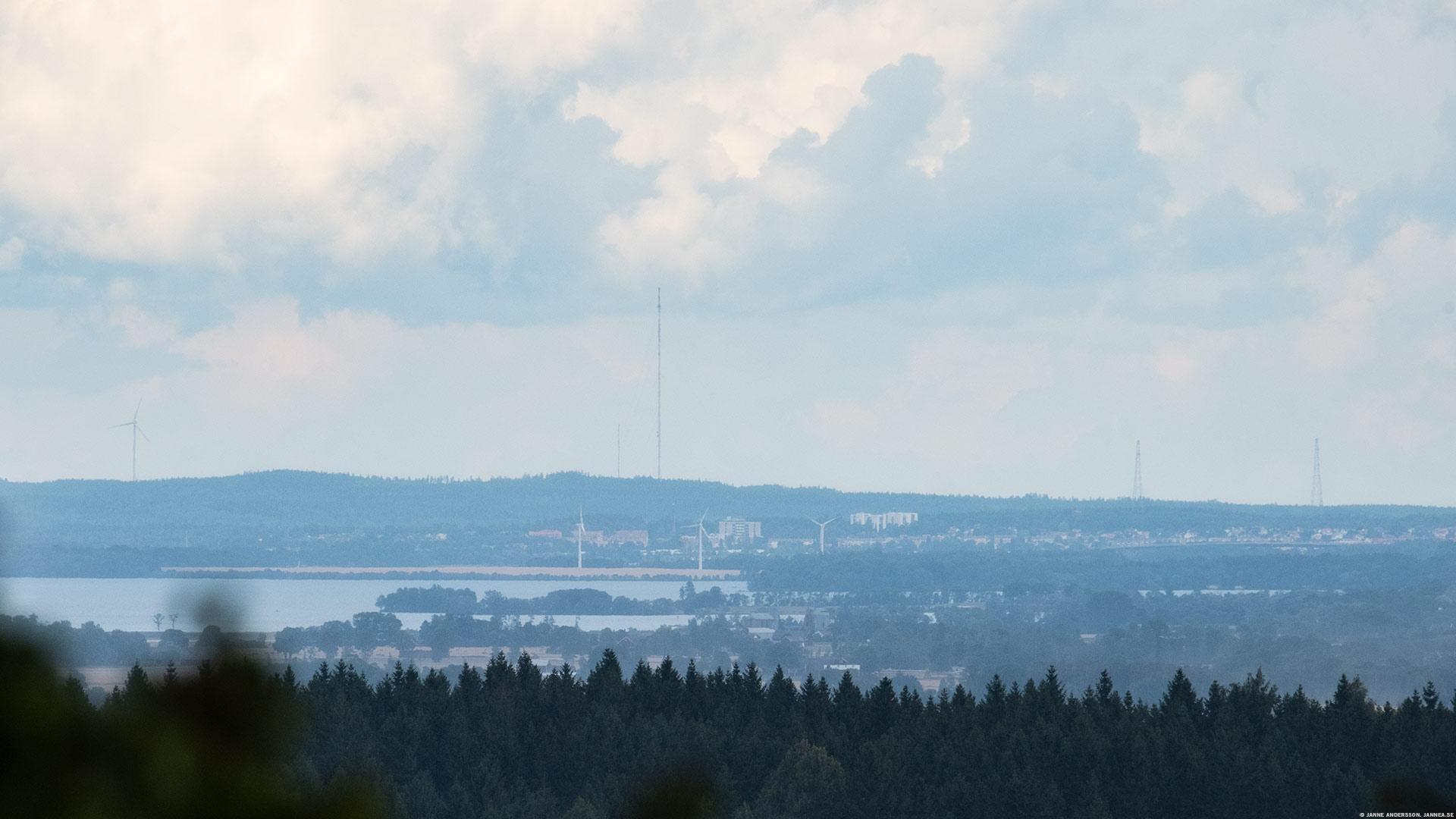 Fyra mils utsikt från Ombergs hjässa |© Janne A
