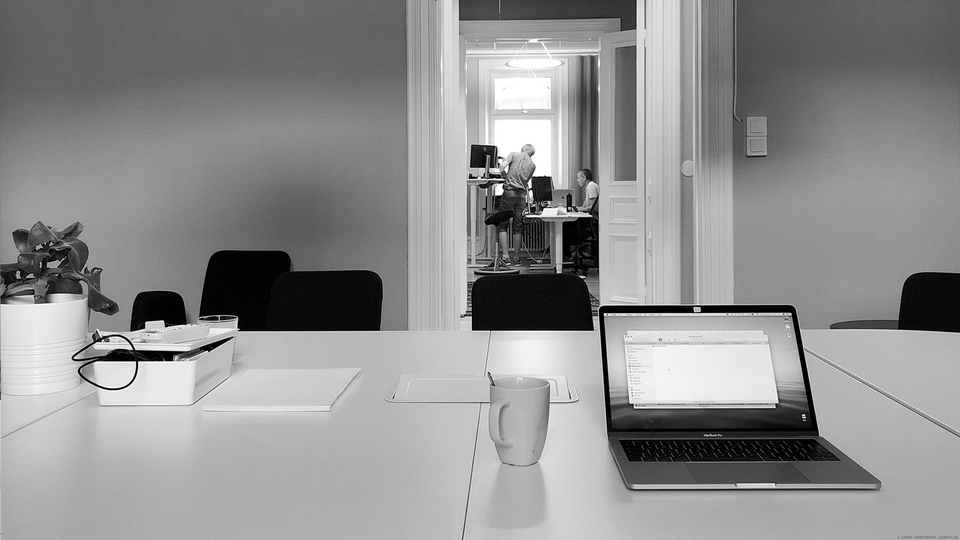 Tillbaka på kontoret efter semestern |©Janne A