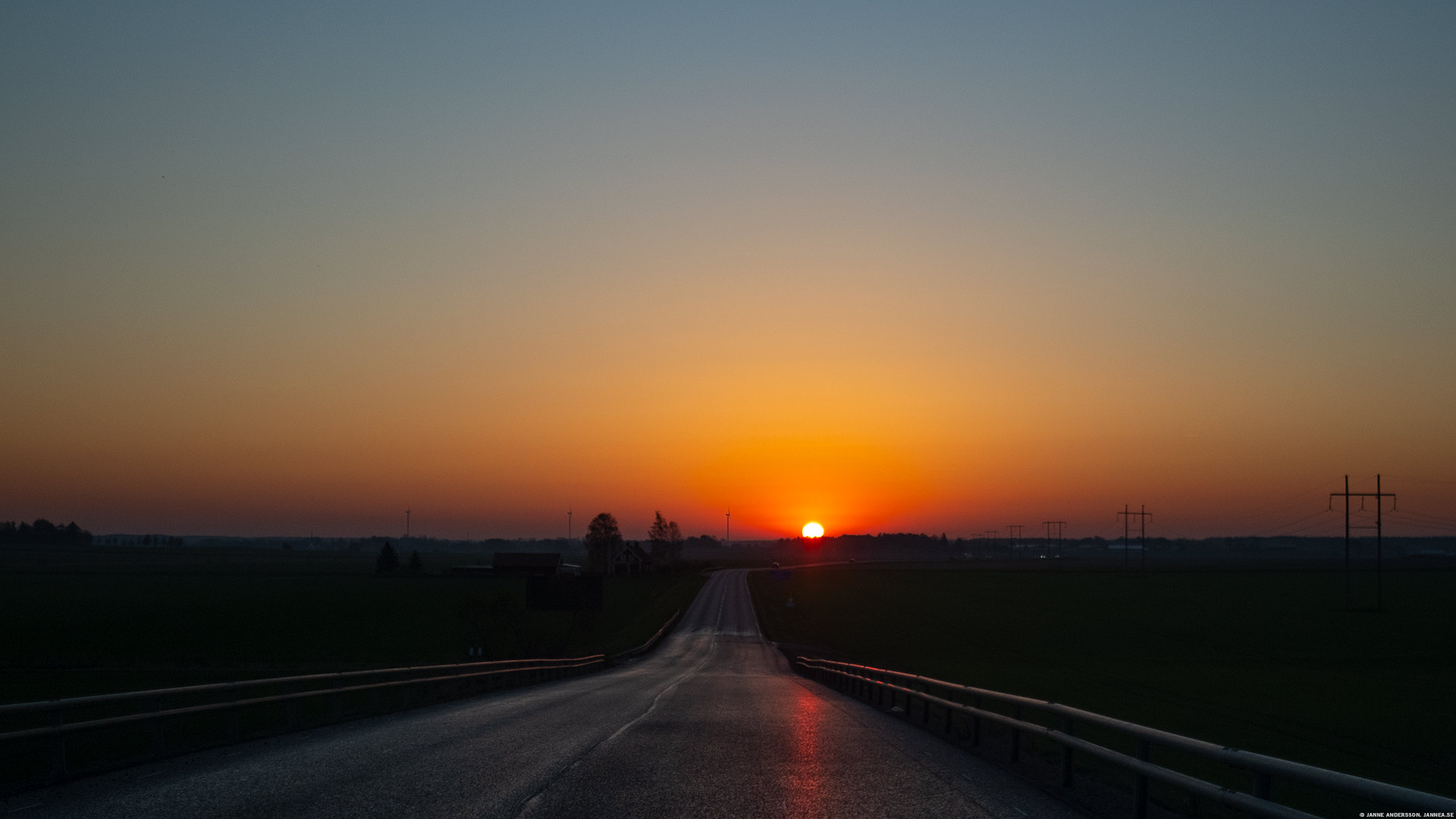Solen i ögonen, men glad ändå |© Janne A