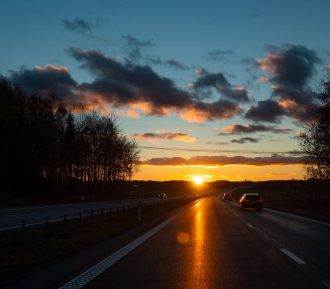 I know a place where the sun hits the sky |© Janne A