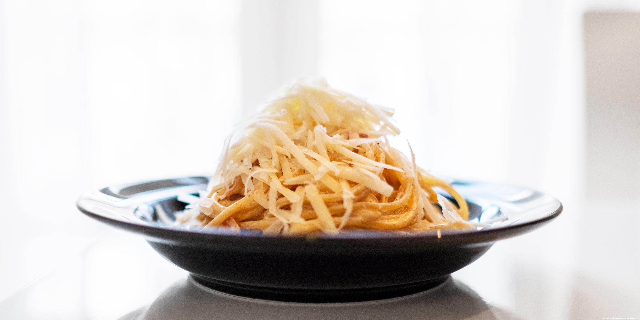 Carbonara-söndag med massor med Parmesan på toppen |© Jan Andersson