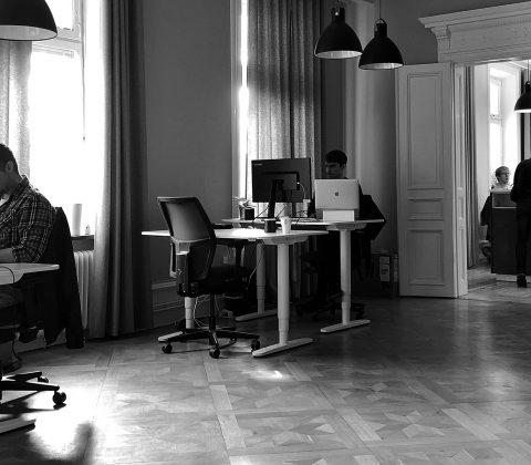 På jobbet sitter vi och gör saker |© Jan Andersson