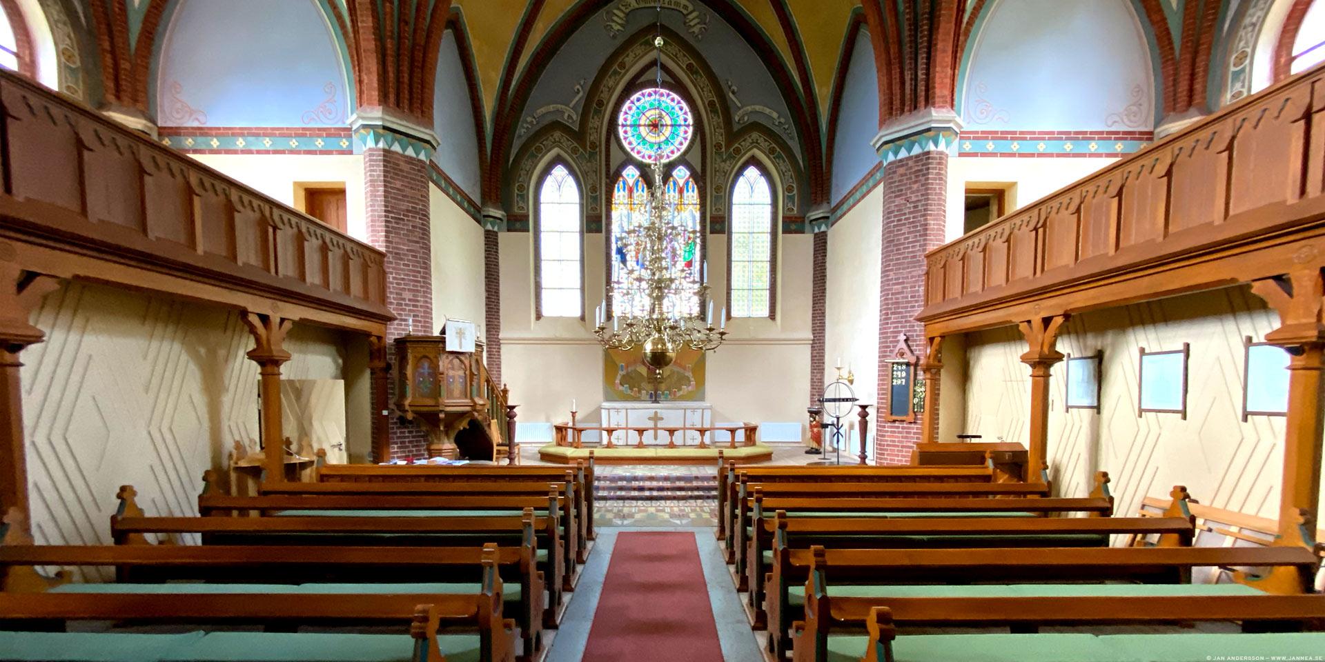 Den lilla katedralen på slätten –Orlunda kyrka