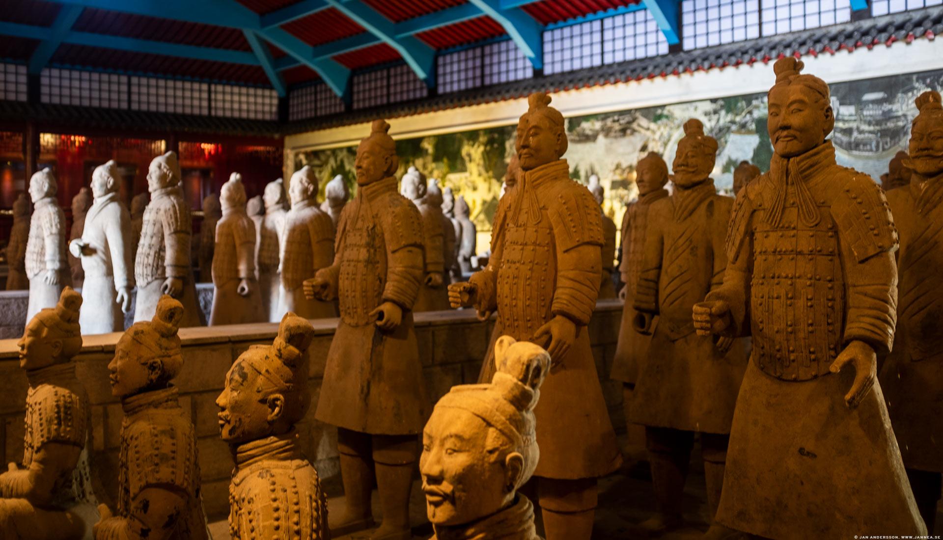 Terrakottaarmén, Dragon Gate museum