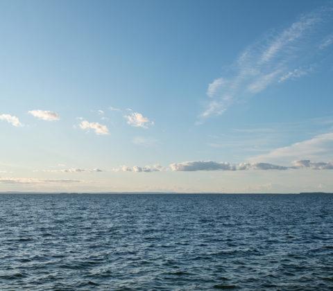Solsken och blåsig eftermiddag