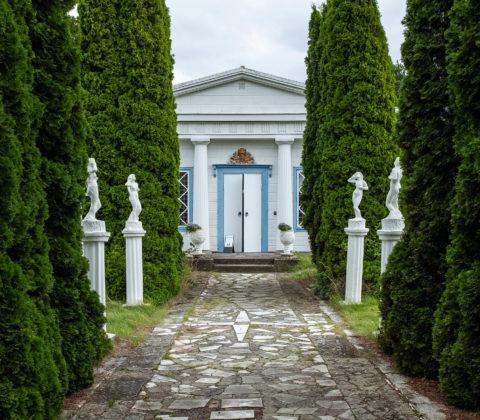 Visingsökonstnären Olle och hans Tempelgård.