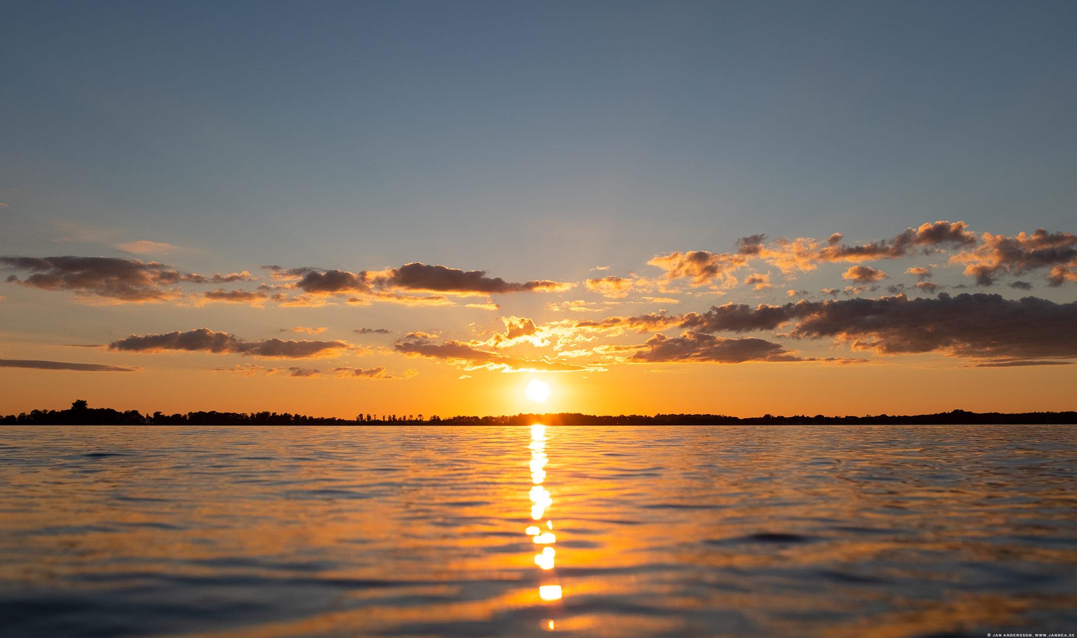 Ännu en sån där magisk solnedgång i världens vackraste Vadstena